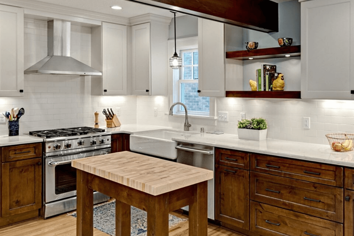 Designer Highlight by Dura Supreme Cabinetry